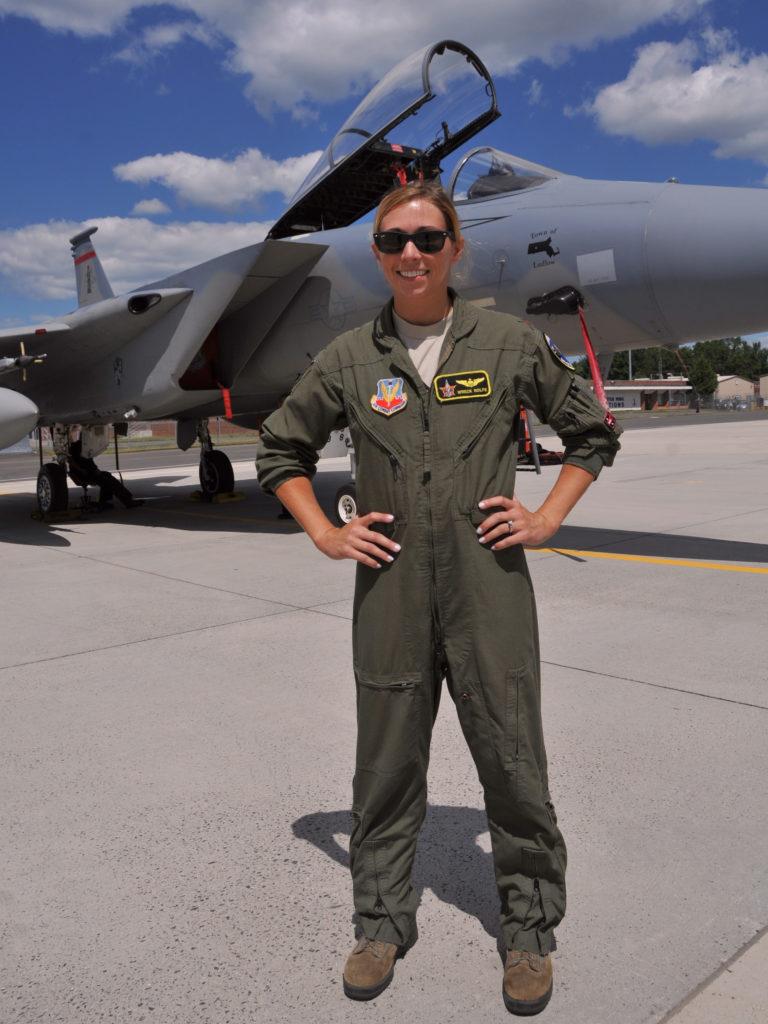 mil pilot uniform 12 768x1024 - لباس پرواز خلبانی
