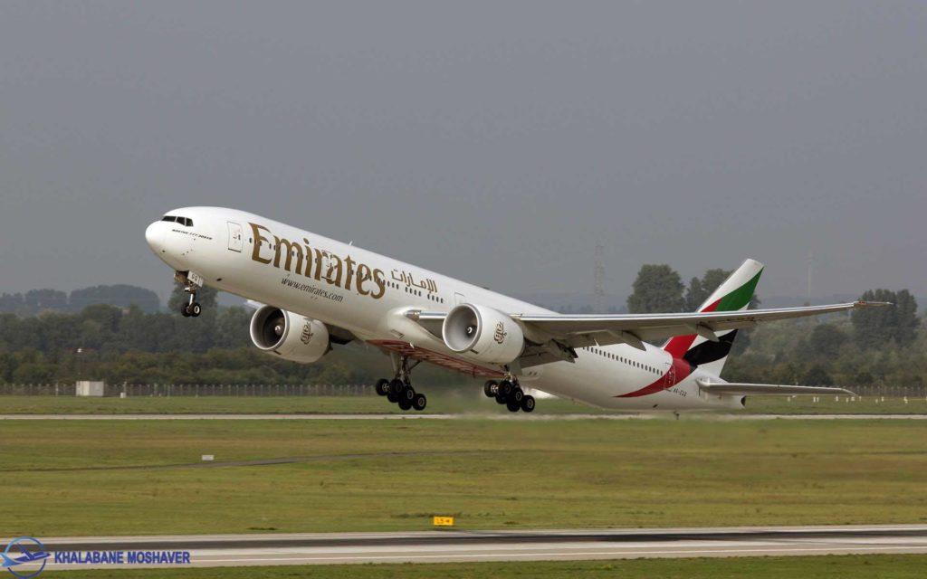لحظه تیک آف هواپیمای مسافربری بوئینگ 777