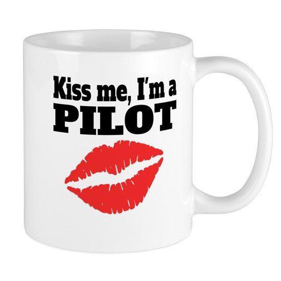 ماگ خلبانی طرح Kiss me i'm a pilot